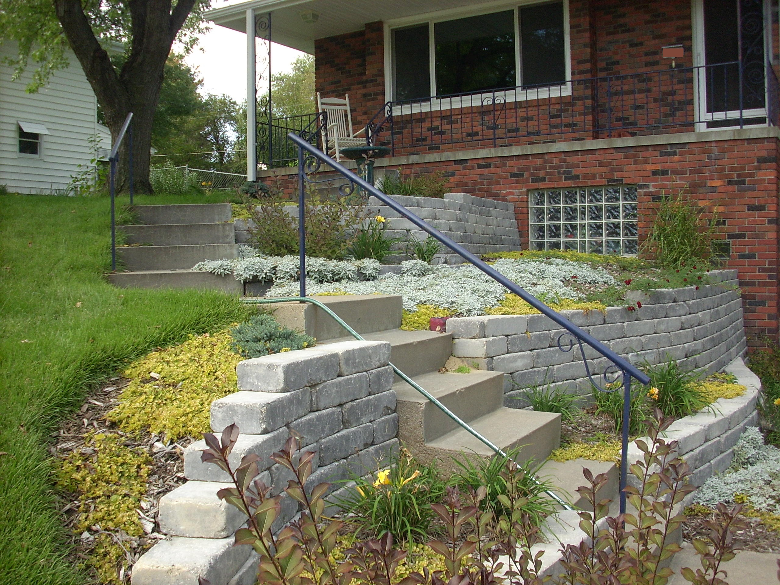 Landscaping Retaining Walls & Stairs
